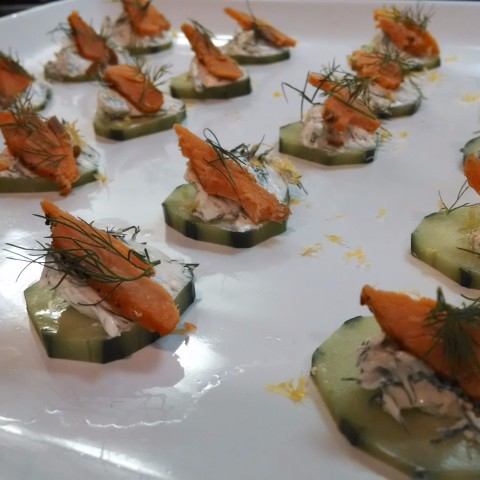 Salmon cucumber canape with dilled cream cheese